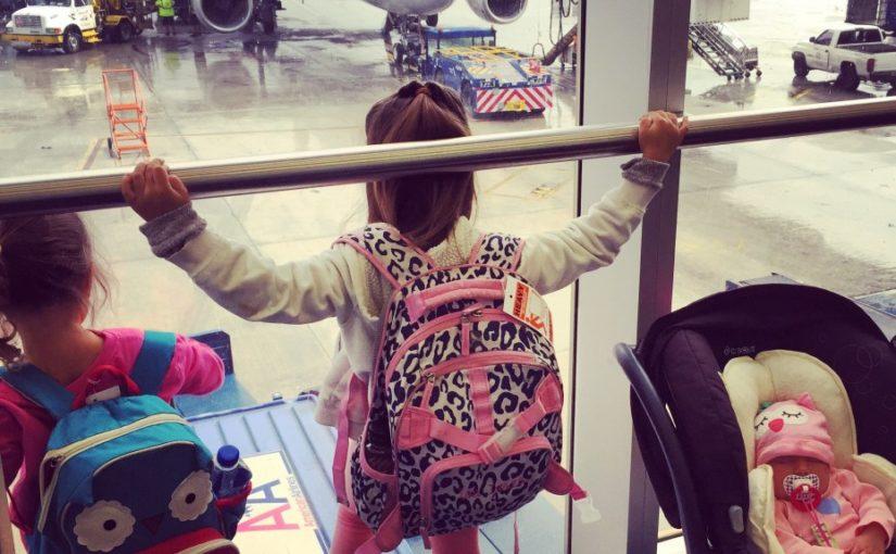 ¡Viaje con 3 niñas sin ayuda!
